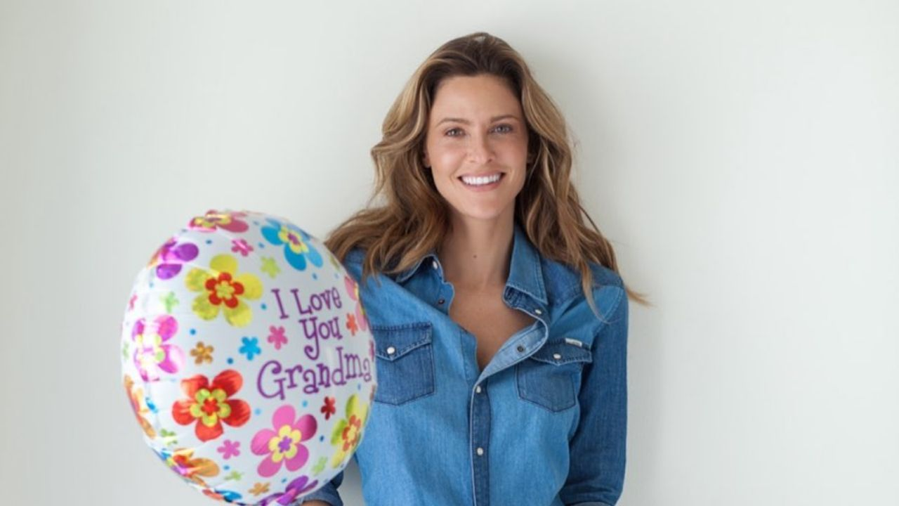 Jill Wagner | Wipeout, Instagram, Husband, Children, Married, Parents, Age, Baby, Net Worth, Mother