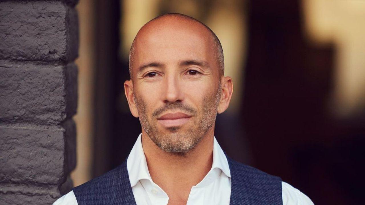 Jason Oppenheim - Age, Wiki, Bio, Net Worth, Wife, House, Brother, Height