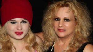 Ginger Reiter | Wiki, Bio, Age, Wikipedia, Jackie Mason's Wife, Daughter Sheba Mason