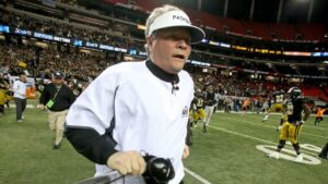 Rush Propst's Valdosta Wildcats Salary - What's the Net Worth of This High School Football Coach?