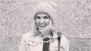 Lauren Covey Carson Shares Her LuLaRoe Experience on Instagram