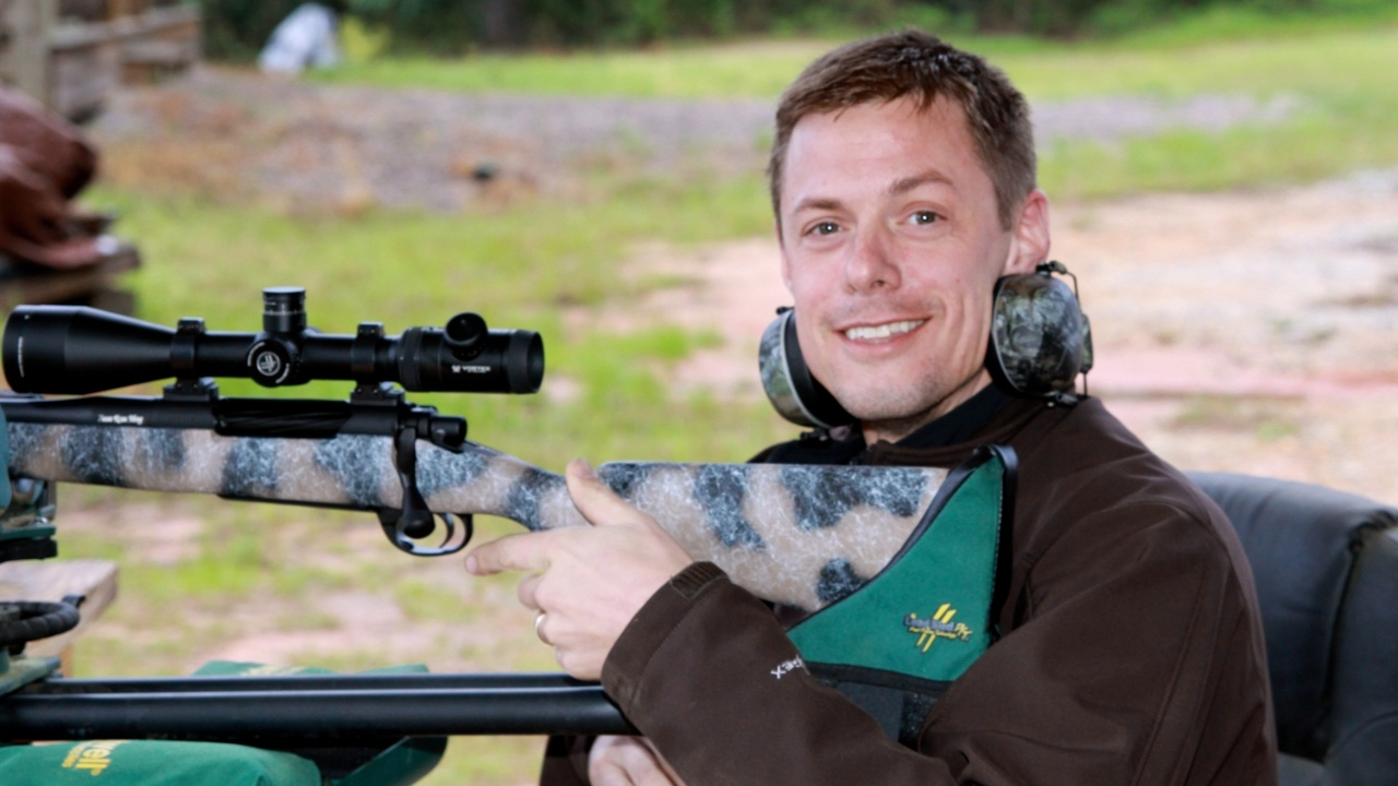Fans are curious to learn what gun Steven Rinella uses for hunting. The MeatEater star uses a variety of rifles but always favors left-hand actions and currently loves the Weatherby Mark V Meateater Edition Rifle, which he helped create. For smaller animals, Steven Rinella is spotted using a Savage Arms 110 rifle, a Custom Carolina Rifle, a custom constructed Weaver Rifle, and a CZ Model 452.