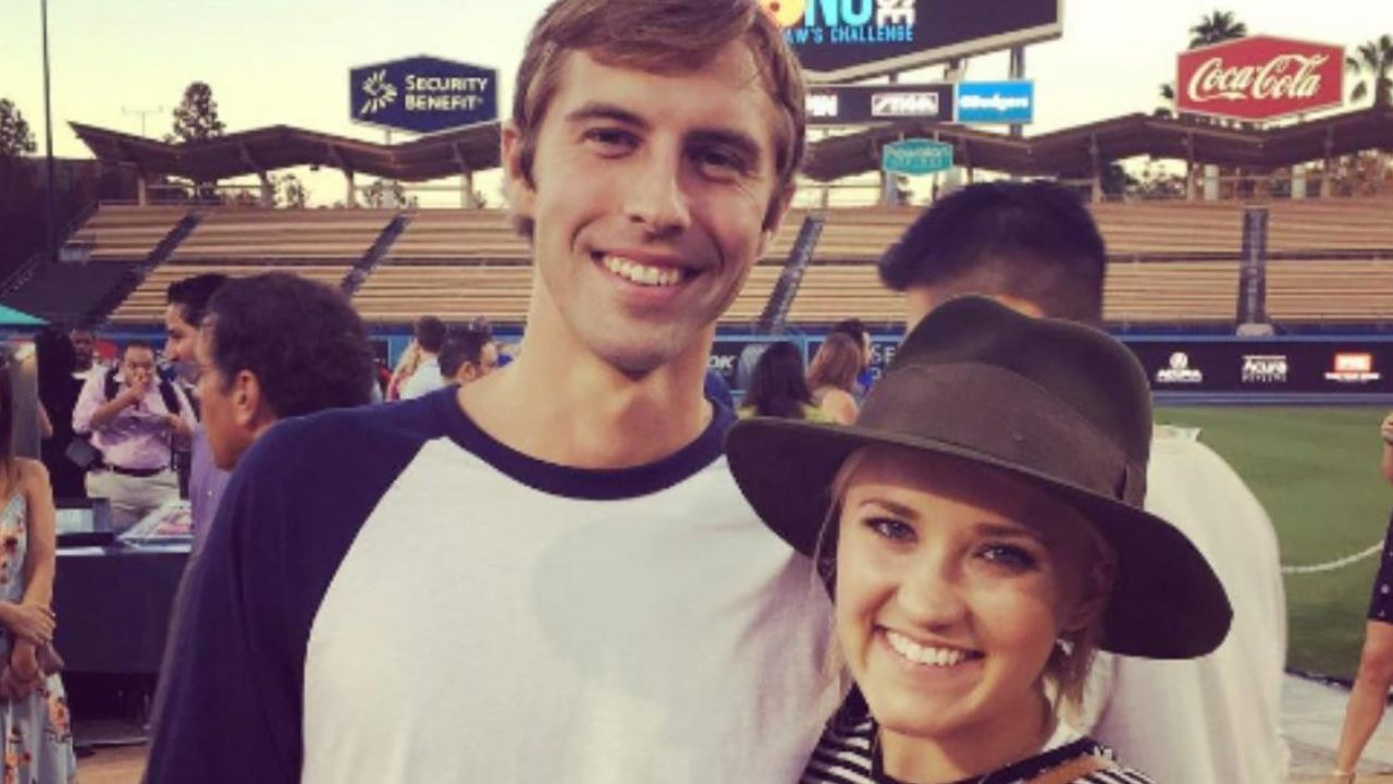 Emily Osment's Dating History: The Pretty Smart Star's Boyfriend is Jim Gilbert