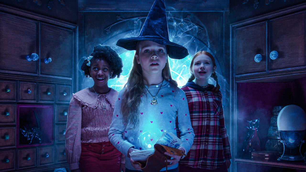 Scaredy Cats Netflix Cast Introduces Fresh New Faces