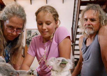 Tim Bee | Izzy's Koala World, Married, Wife, Daughter, Date of Birth, Birthday